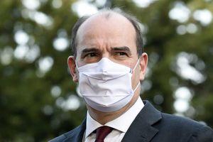 """Vaccination: Castex dénonce des """"polémiques stériles"""""""