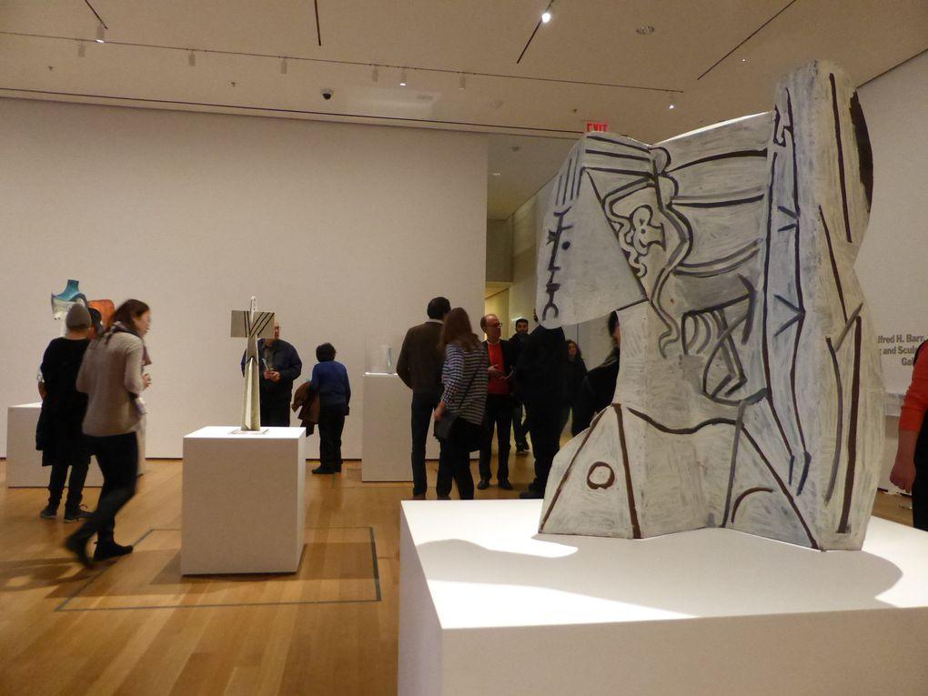 """Salle """"Les sculptures en feuilles de métal (1954-1964). Sheet metal sculptures"""". Exposition Picasso Sculpture, MoMA, New York © Le Curieux des arts Gilles Kraemer, New York, décembre 2015"""