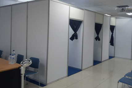 Fitting Room R8, Jual Sewa Fitting Room Jakarta, Sewa Partisi Pameran, Sewa Fitting Room