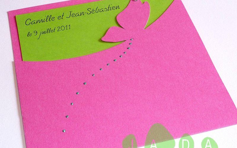 Faire-part de mariage papillon rose fushia et vert, pochette carrée...