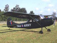 Le Boeing Stearman F-AZLN. Le NA T6 F-AZML. Le Cessna L-19 Bird Dog F-AZMX.