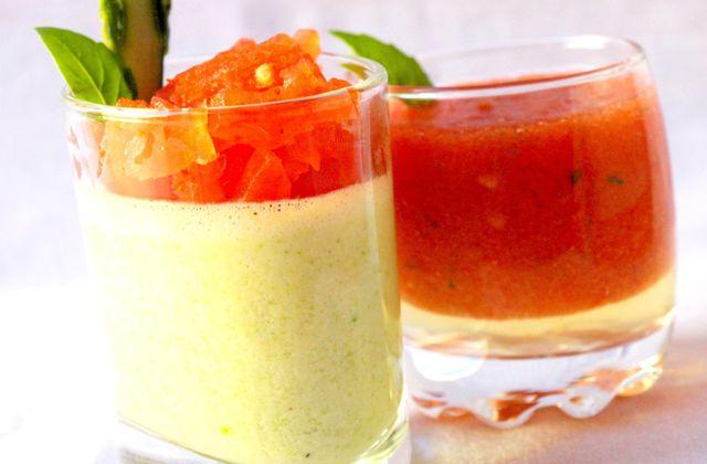 Panna cotta d'asperges, gelée de tomates au basilic et jus de tomates