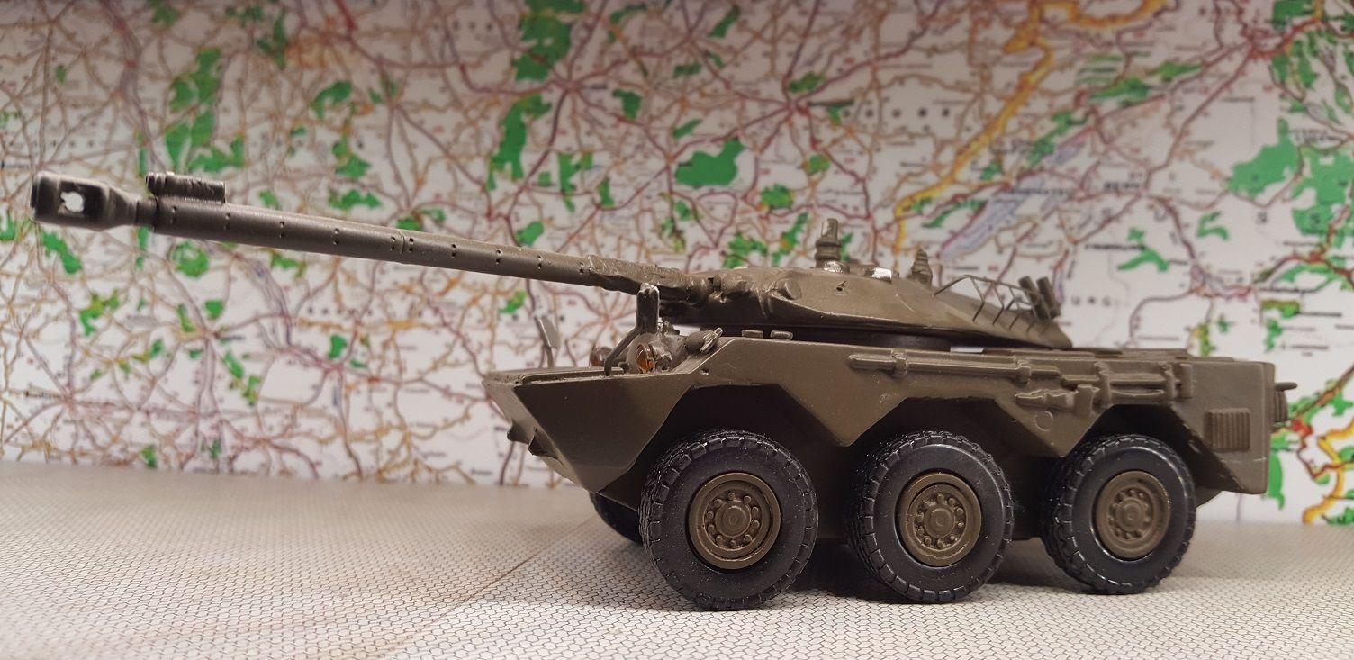 AMX 10 RC première version, version vert armée, Militrucks, montage personnel 2004
