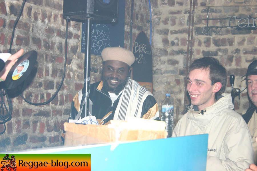 Original Kimbo King Reggie Stepper &eacute;tait au Djoloff &agrave; Lille le vendredi 18 novembre 2005<br/> <br/> Voici son album photo<br/>