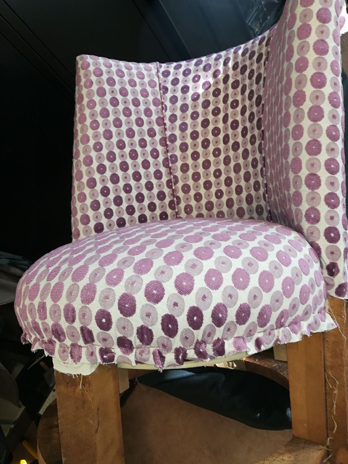 Rénovation complète pour ce fauteuil un peu particulier!!!
