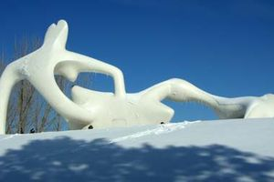 A touch of Henry Moore (14)