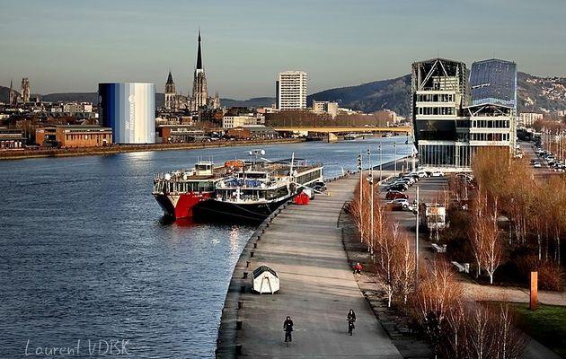 Rouen au soleil couchant, vue du pont Flaubert