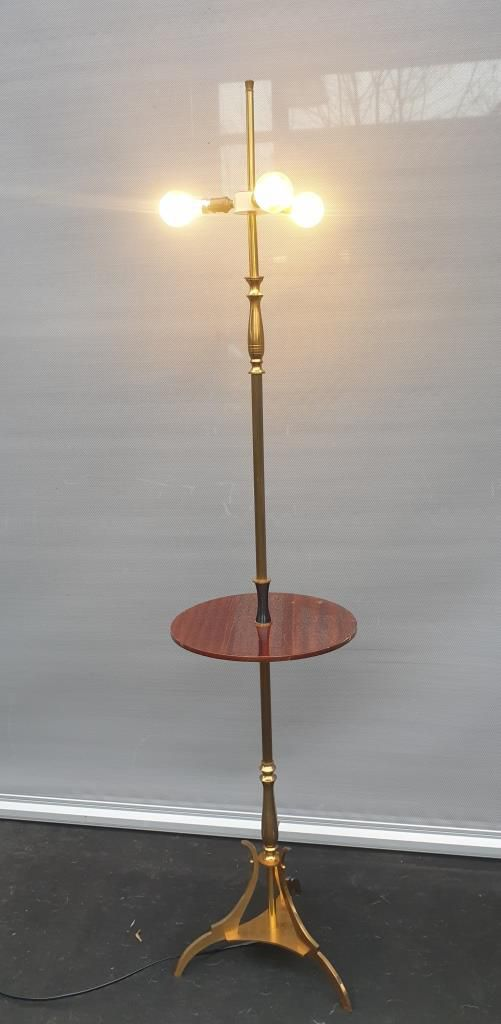 LAMPADAIRE NEO-CLASSIQUE BRONZE JANSEN AVEC TABLETTE ACAJOU - 400 euros