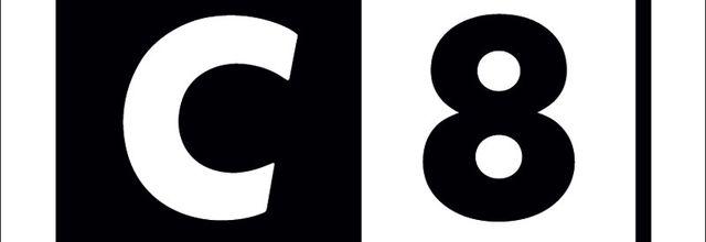 C8 réagit suite aux sanctions du CSA à l'encontre de l'émission « Touche pas à mon poste ! ».