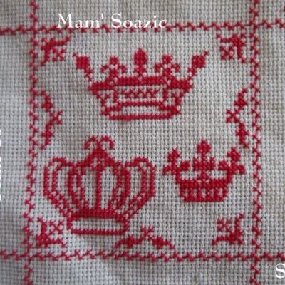 SAL : Plaid Broderie Rouge... Grille 15/ B12