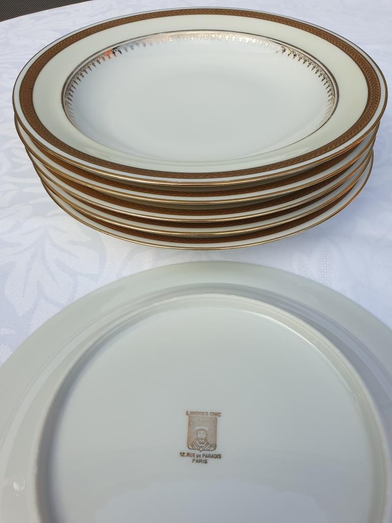 Set 6 assiettes creuses Limoges modèle empire filet or diam23 - 30 euros