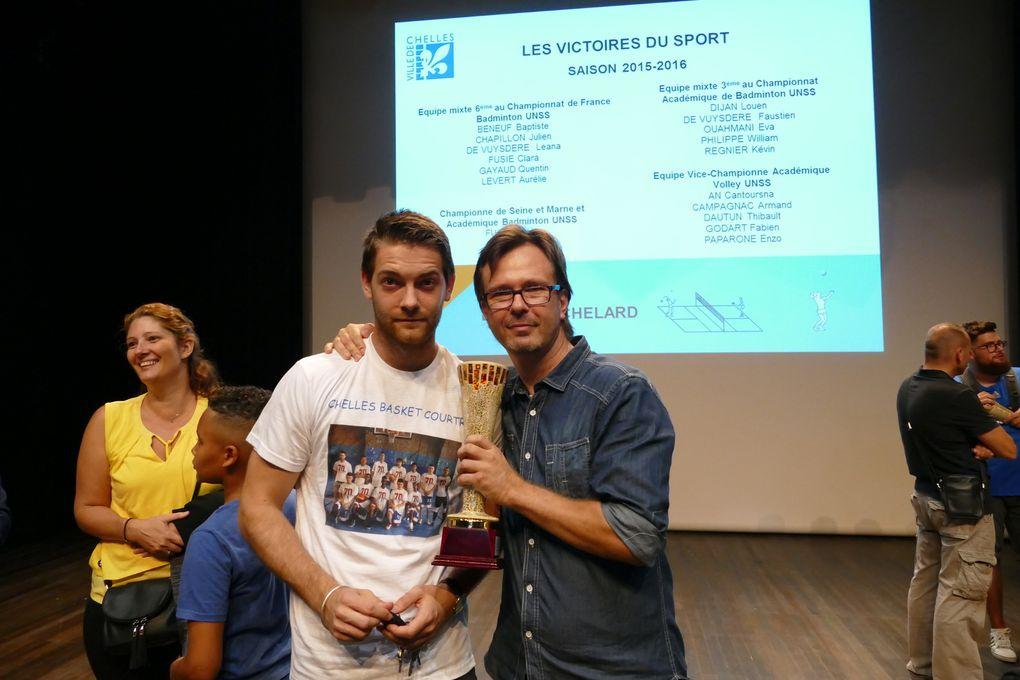VICTOIRE DES SPORTS 2016 EN PRESENCE DE MR LE MAIRE ET DES ELUS