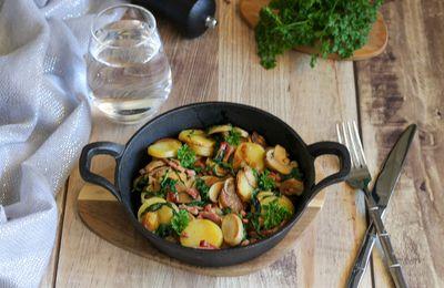 Poêlée de pommes de terre, bacon et champignons