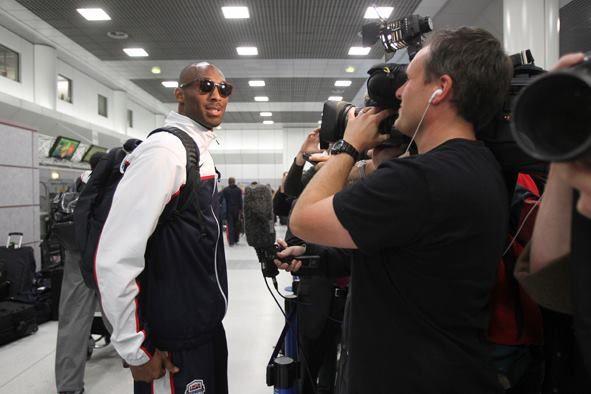 Team USA est bien arrivé à Manchester et Kobe Bryant en désaccord avec David Stern