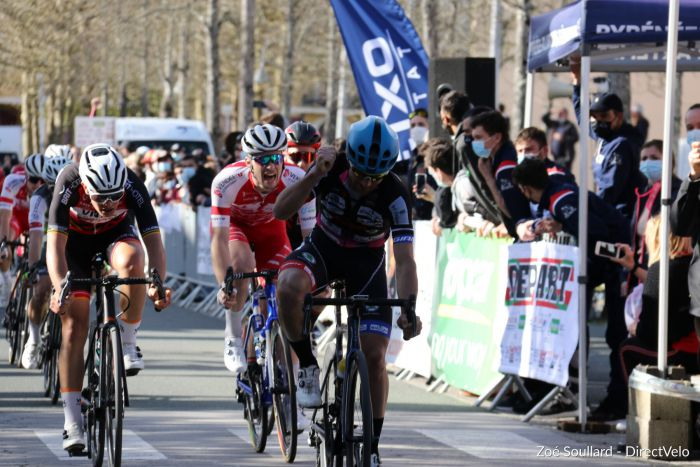 Romain Feillu (CC Périgueux Dordogne) remporte le Trophée de l'essor.Photo Zoé Soullard