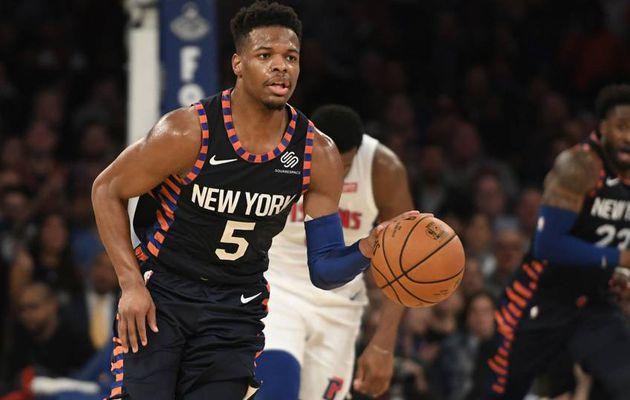 Les Knicks pourraient échanger Dennis Smith fils cet été