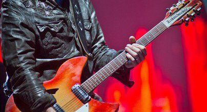 U2 -The Edge -Glastonbury Angleterre - Juin 2011
