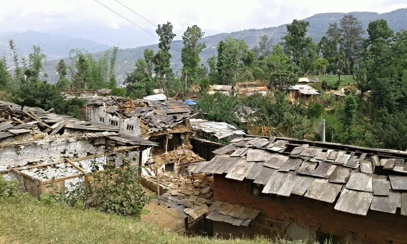 L'aide au Népal continue.....