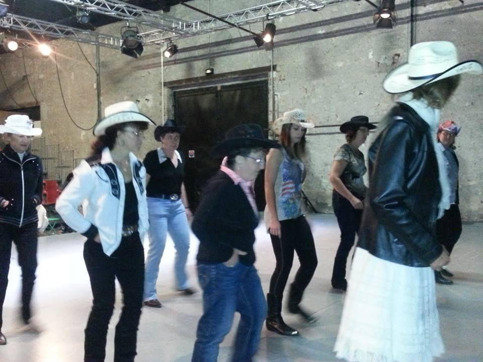 Bal country au théâtre de l'Escabeau à Briare