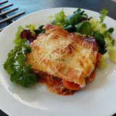 Lasagnes à la bolognaise de Cyril Lignac dans tous en cuisine - Mes Meilleures Recettes Faciles