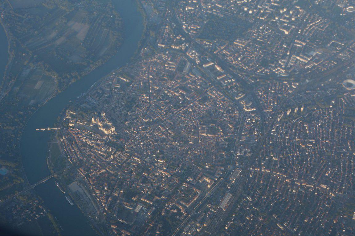 Avignon, son pont et son Palais des Papes