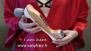 Test du vibromasseur Naomi Wand Luxury Edition