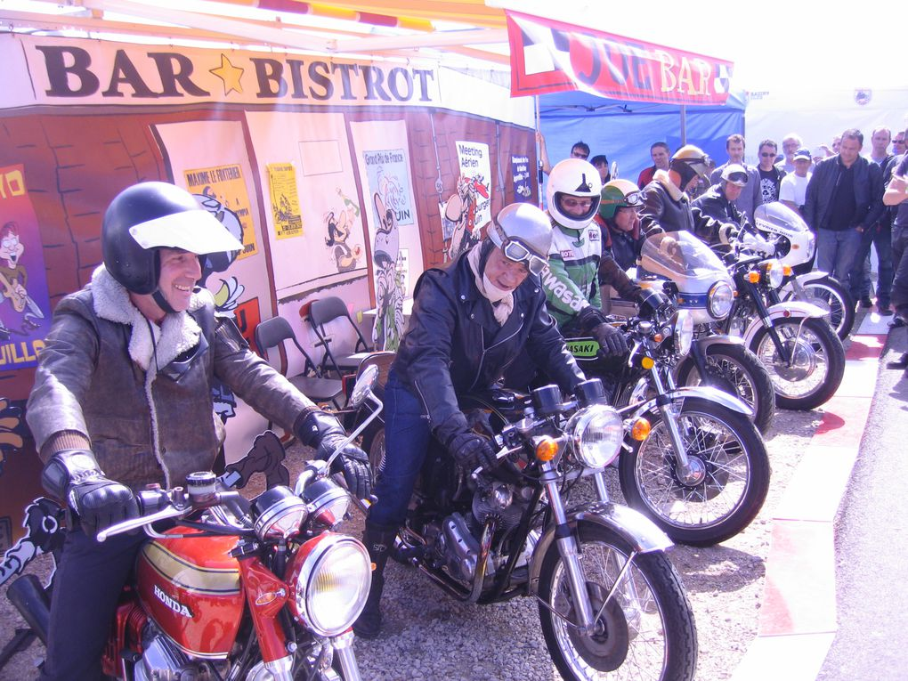 IRON BIKERS Montlhery 2012 Démonstrations motos anciennes de course, vitesse, café racer, motorcycle