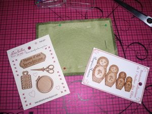 Découpe / Broderie / Assemblage / Boutons