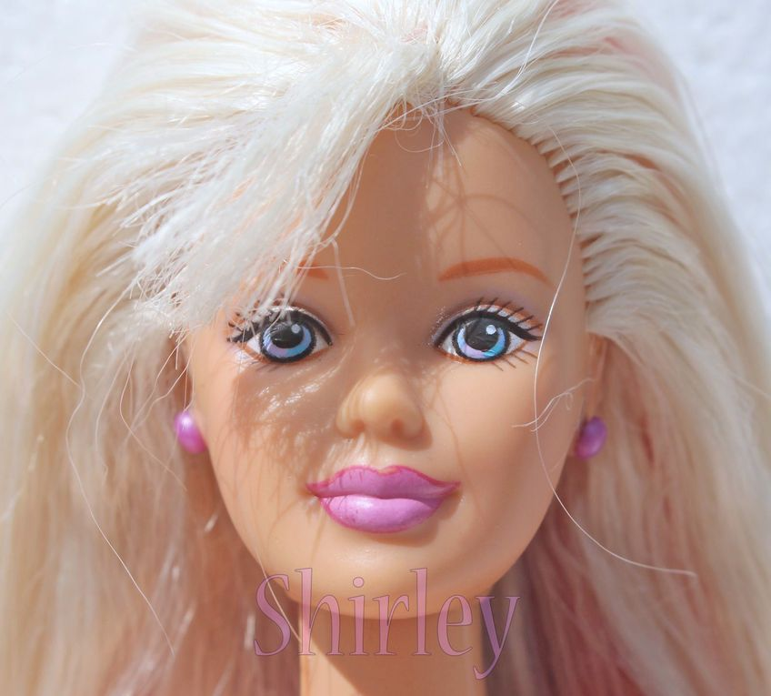 """HAPPENIN HAIR"" BARBIE DOLL 1998 MATTEL #28881"