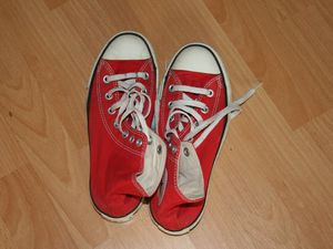 converses montantes rouges  mode basket sur charlotteblabla blog