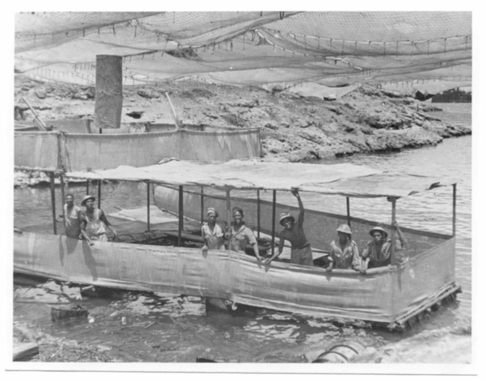 Faux bateaux, faux ponts, faux sous marins, faux soldat, faux dépôt, faux port.
