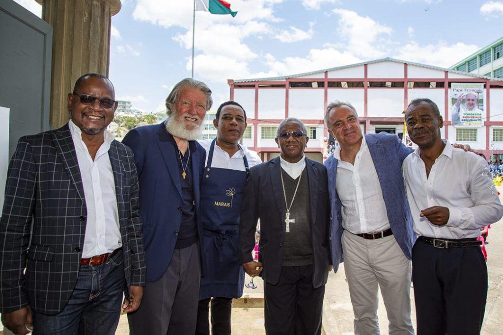Le 26 octobre 2020, Akamasoa a fêté le 50 ans de l'arrivée du père Pedro à Madagascar (reproduction interdite sans autorisation).