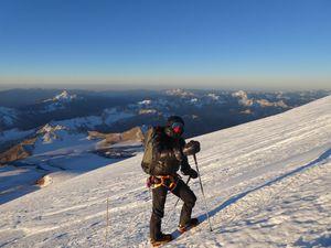 Alpinisme : Elbrus - 5642 m                       елбрус