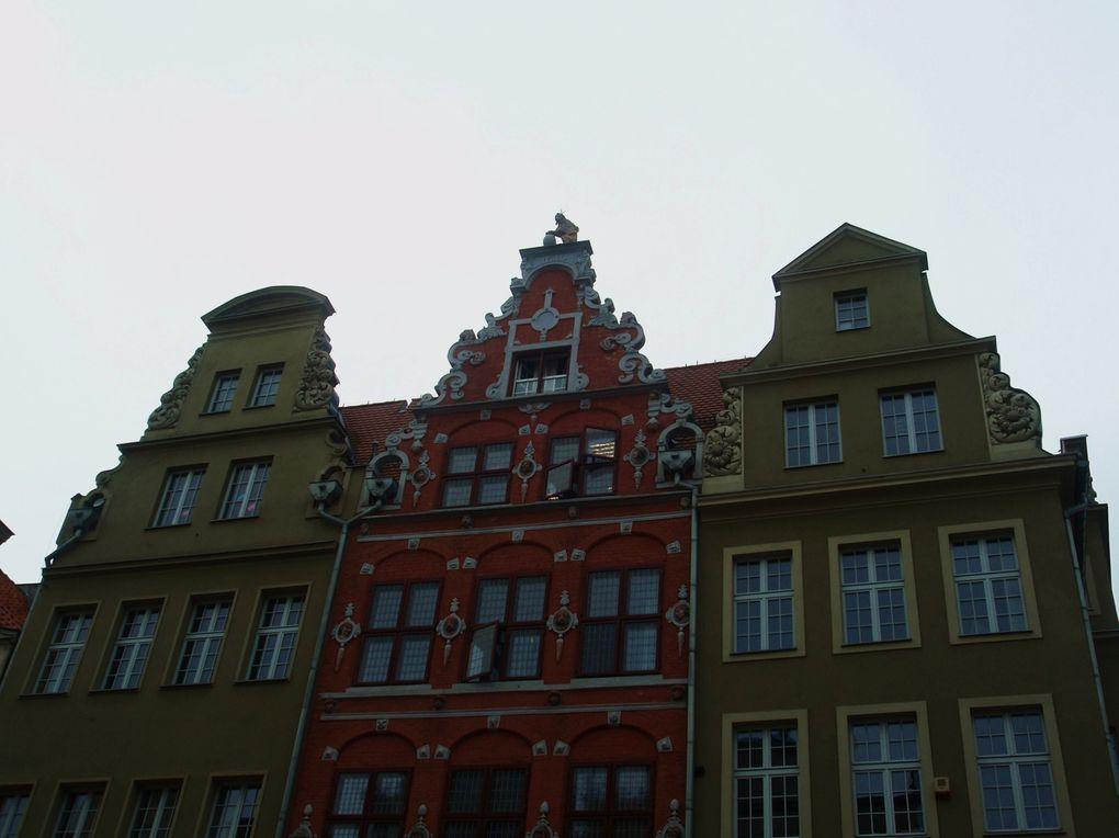 Les villes martyres de Gdansk et de Varsovie