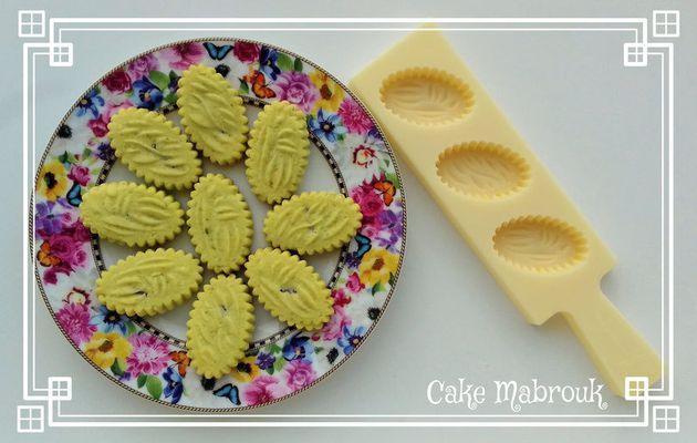 Maamouls à la poudre de pistache et chocolat