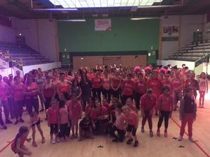 Zumba Rose pour l'Adoc41 !