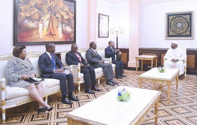 S.E. Ali Bongo Ondimba reçoit le ministre de la Santé