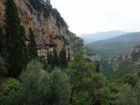 montagne , gorges de l'oussios et monastere, stennitsa