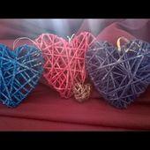 Comment fabriquer un coeur à suspendre en papier journal
