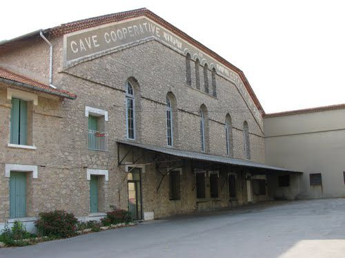 Cave coopérative de Péret (Hérault).