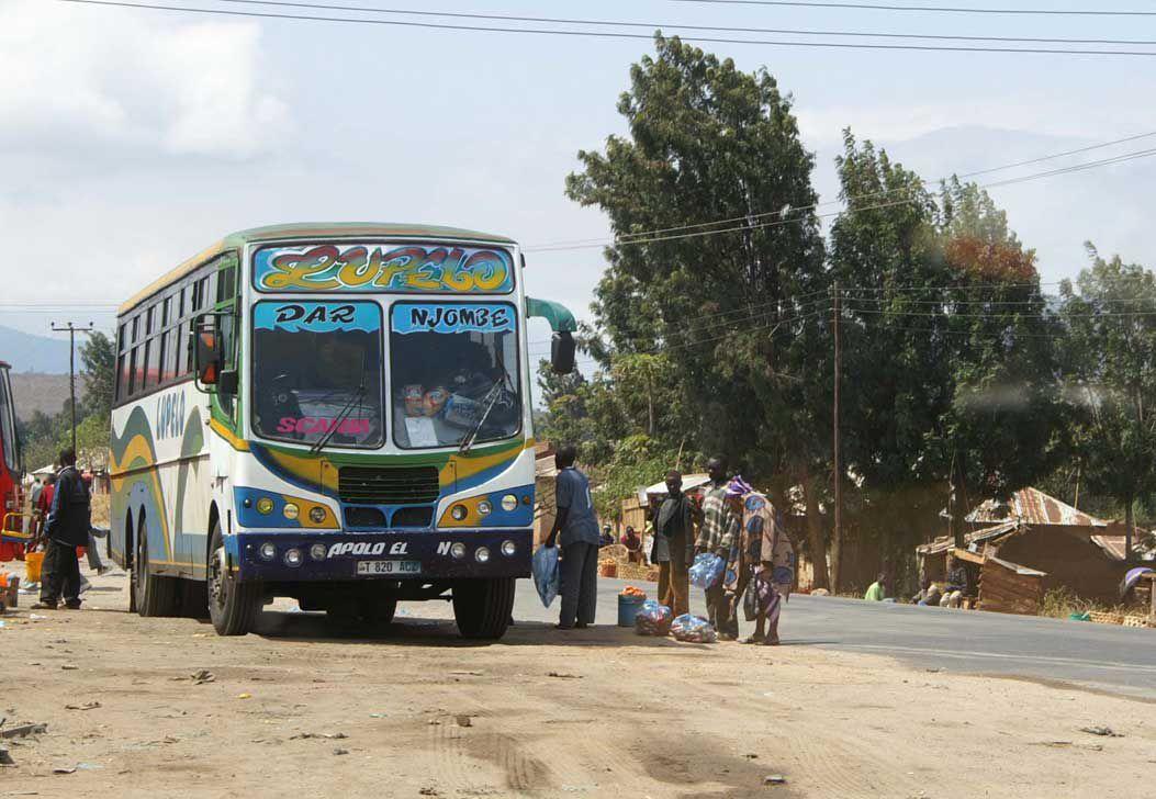 Time machine 2005 (1) : sur les routes de Tanzanie...