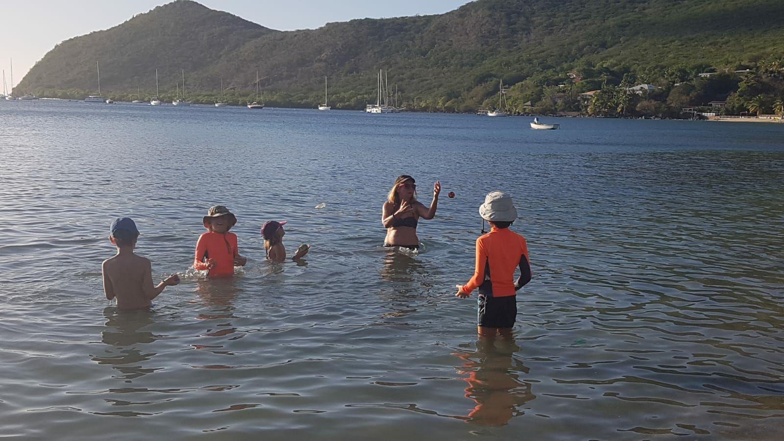 Moment Colibris à Grande Anse! Jungle et plage!