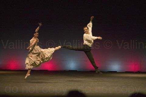 Escuela Bolera, Danza Estilizada, Folclore, Escuela Bolera, las partes de la Castañuela y Flamenco (Descripción de las fotografías de izquierda a derecha)