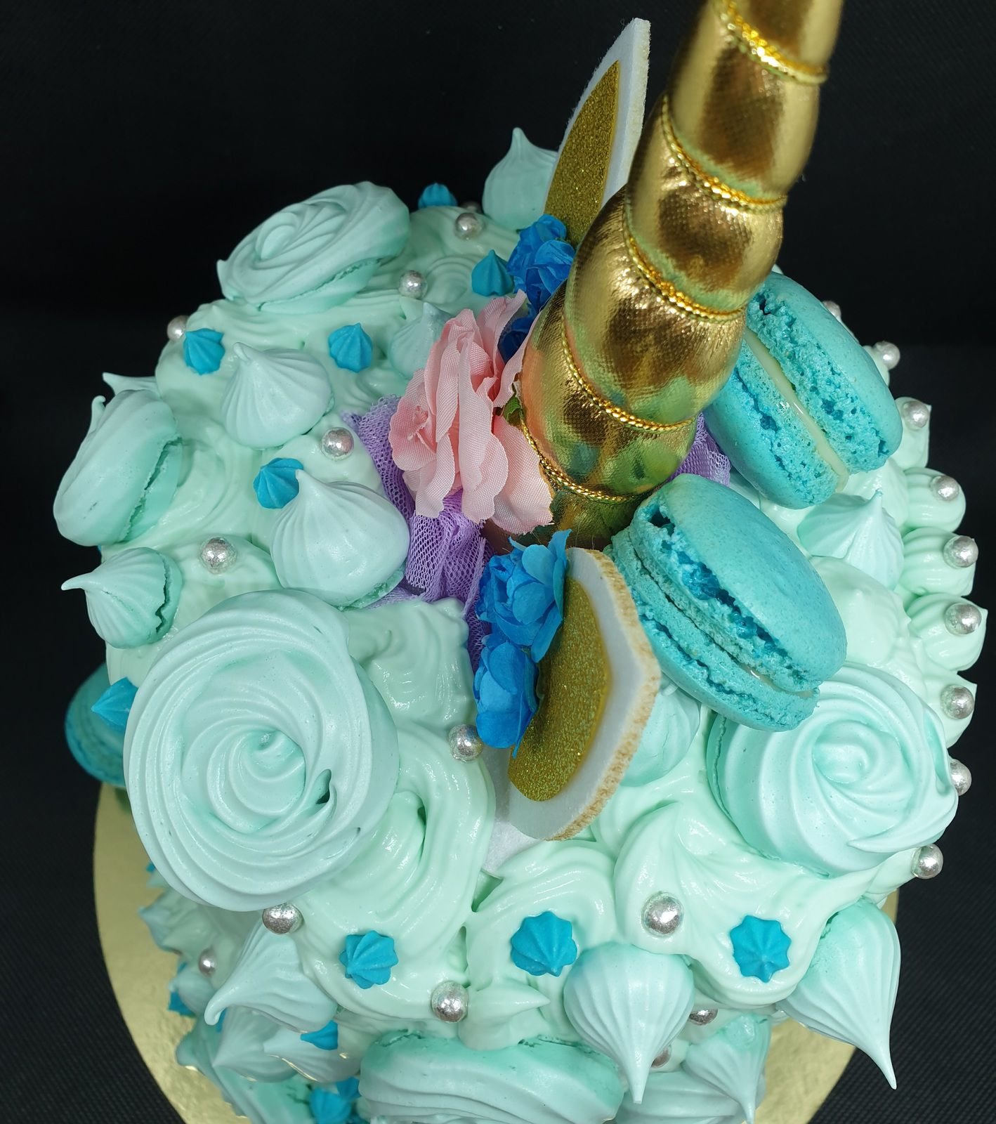 Layer cake licorne bleue