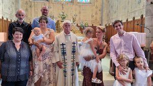 Messe et Baptêmes de Louise et Lilas à Fontannes (Haute Loire) ce 11 août 2021