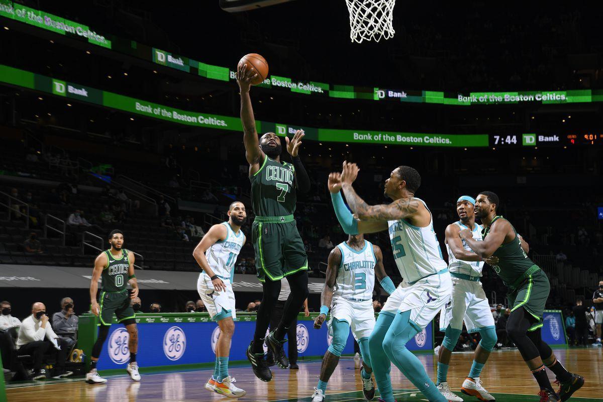 Le duo Jaylen Brown-Jayson Tatum mène les Celtics face à Charlotte, Utah Jazz détruit les Kings avec un record de franchise