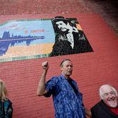 Une murale en l'honneur de Raymond Lévesque est dévoilée