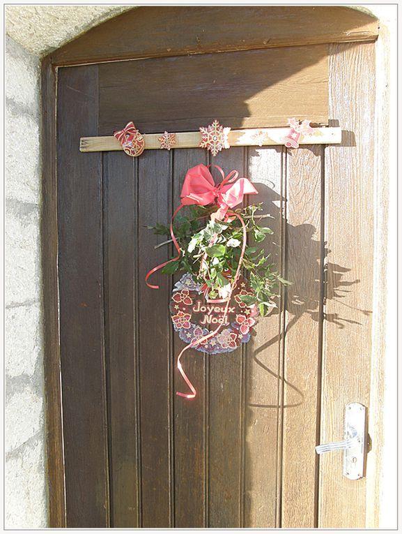 Robion  : Découverte de la vitrine de Noël 2015