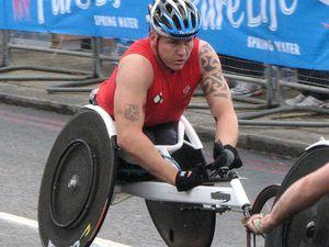 Virgin Money London Marathon 2015 (35^ ed.). Un giro guidato della wheelchair di David Weir, sei volte vincitore della London Marathon