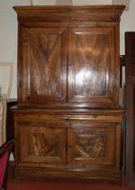 A vendre Buffet Louis Philippe, Antiquités St Vincent à Nevers (58000)